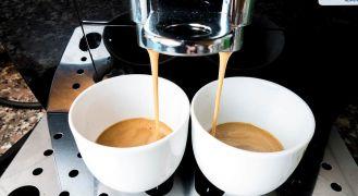 Espresso cups closeup: Best espresso machine super automatic