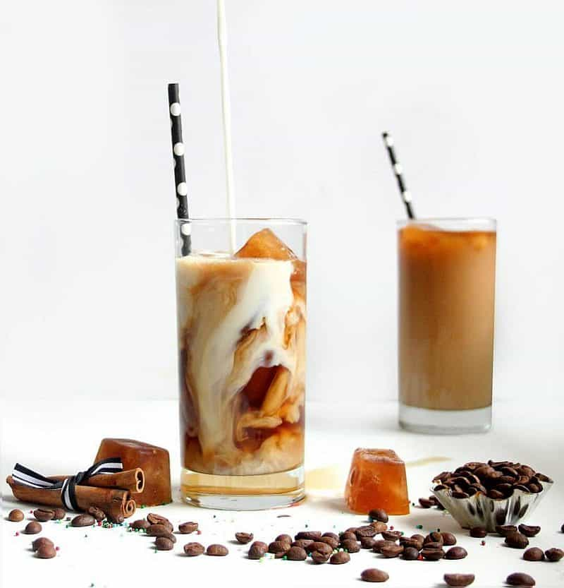 vanilla espresso iced coffee drink
