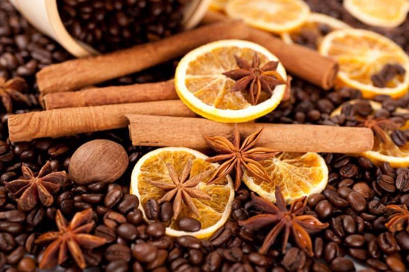 Coffee beans, cinnamon sticks, star anise and nutmeg.